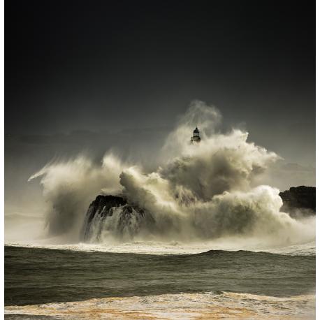Temporal faro Isla de Mouro, Santander