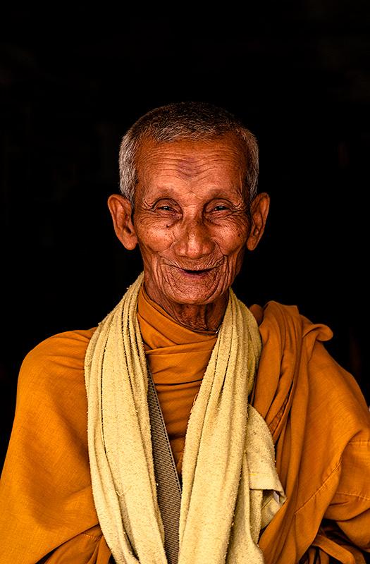 Monje en Siem Reap. Camboya.